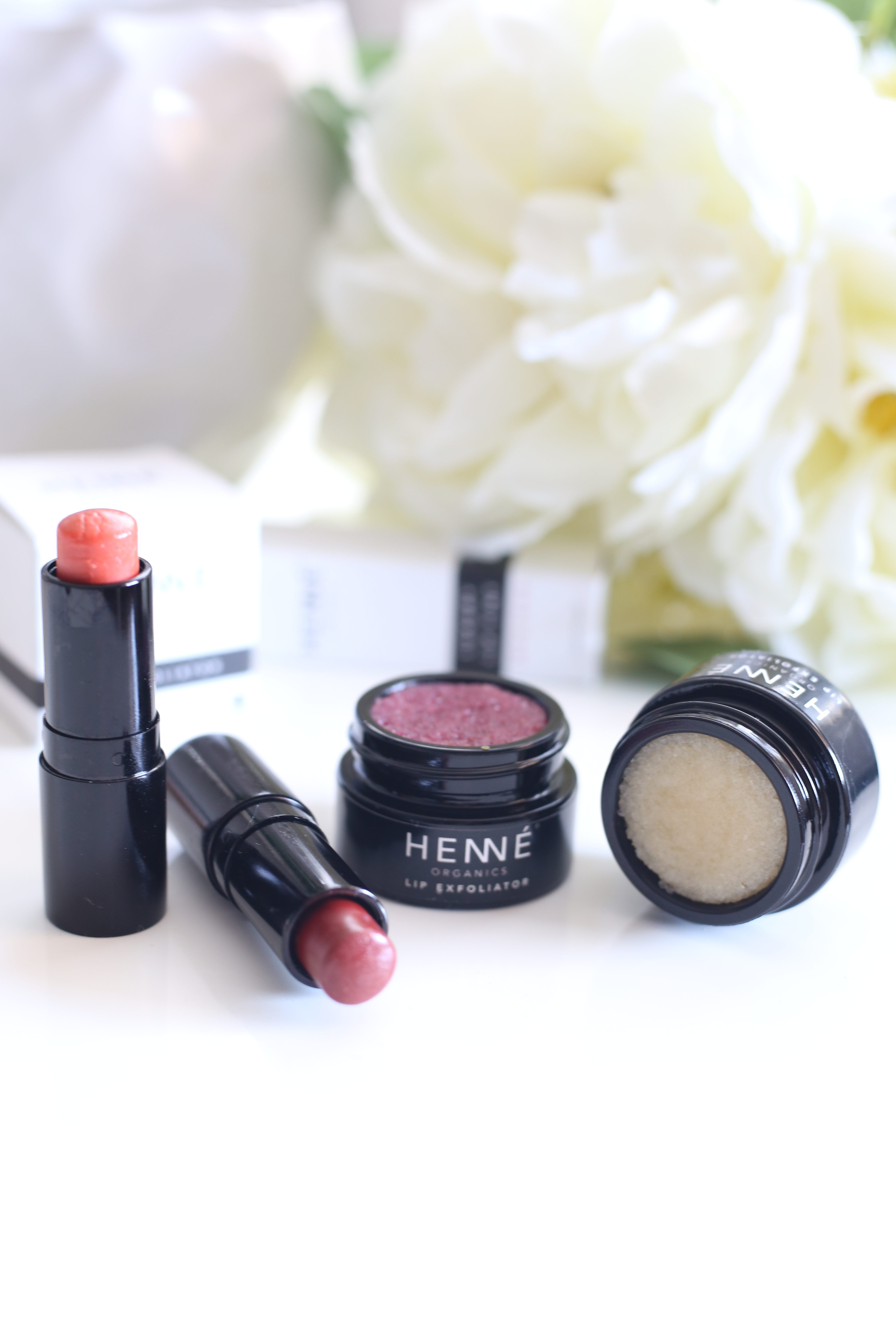 Henne Organics Lip Tint in Intrigue