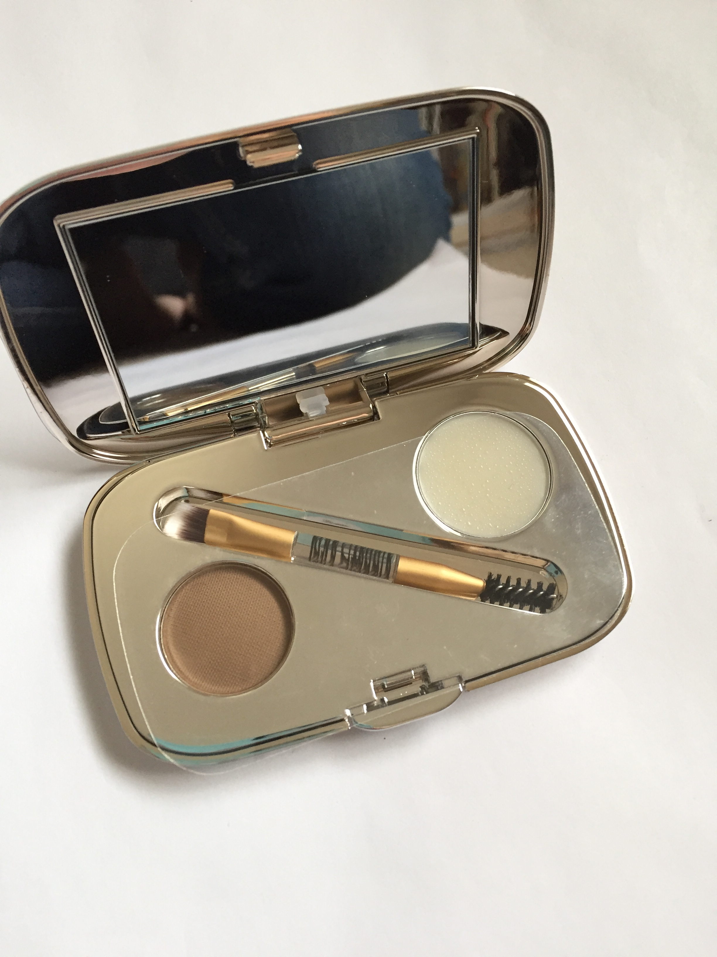 NEW: Jane Iredale Great Shape Eyebrow Kit in Blonde