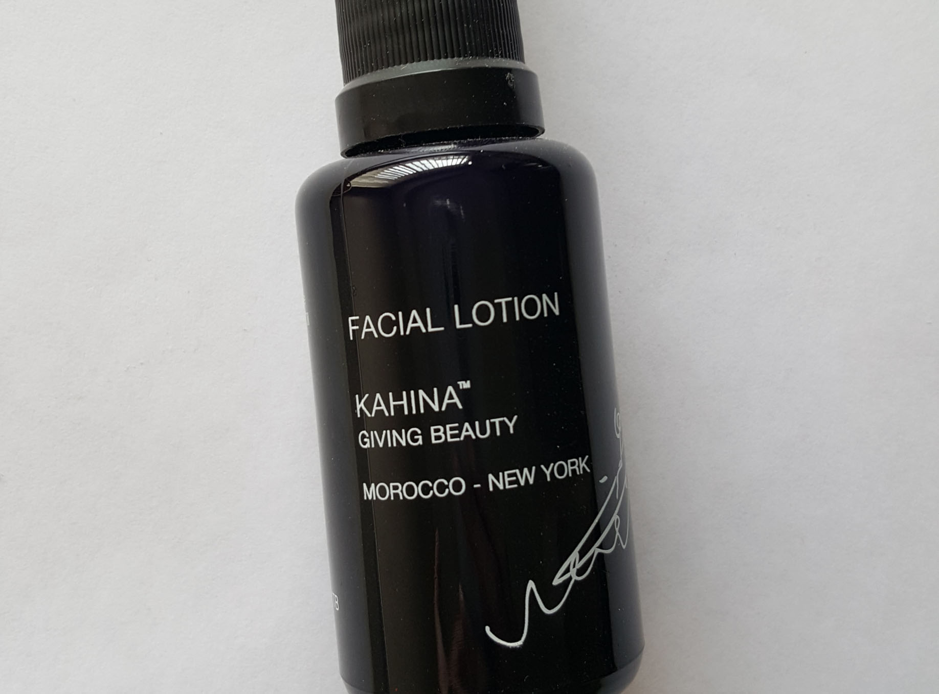 Kahina Giving Beauty Travel Sized Facial Lotion – UNOPENED